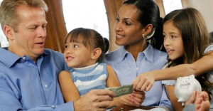 parents-talking-to-kids-about-money_725x377-1365627520